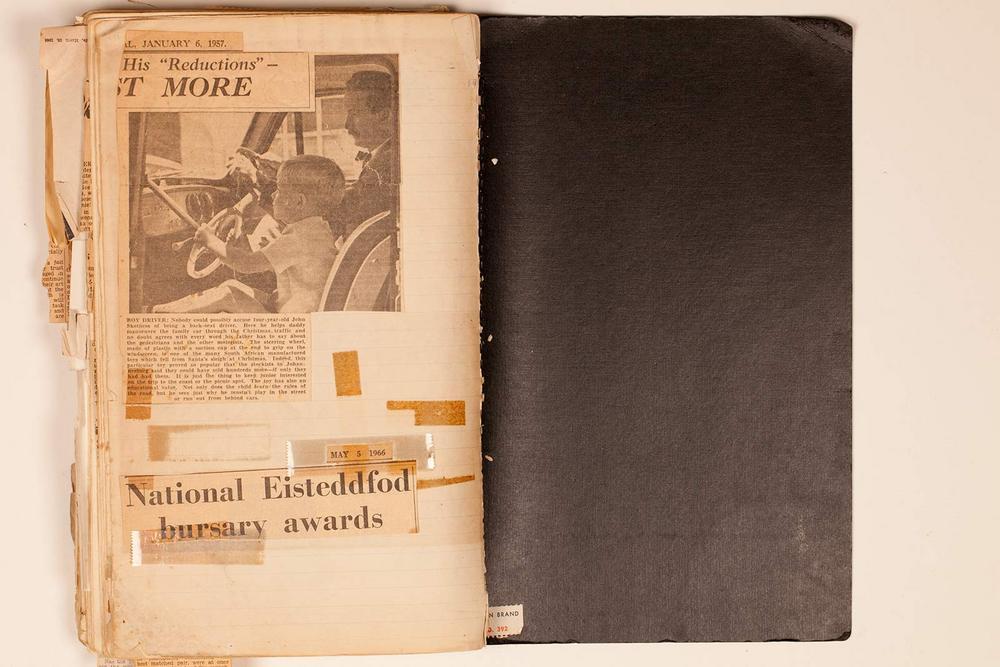 http://archive.cecilskotnes.com/files/scrapbooks/scrapbook_01_1956-1966/01_063_inside_back_cov.jpg