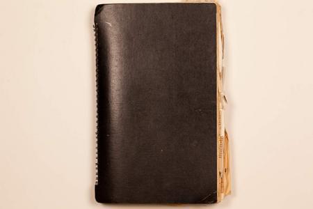 http://archive.cecilskotnes.com/files/scrapbooks/scrapbook_01_1956-1966/01_000_front_cover.jpg